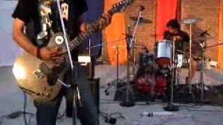 Incinerator - Scoff (Nirvana cover - live