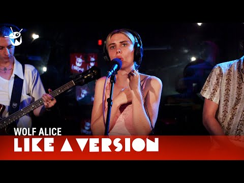 Wolf Alice - Don't Delete The Kisses (live on triple j)