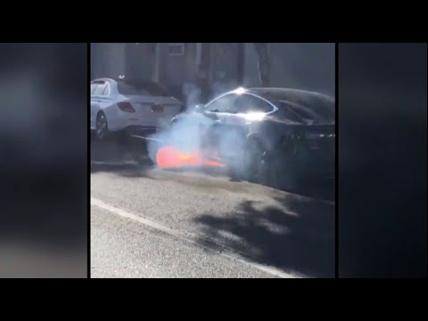 Tesla Investigating Possible Battery Issue After Model S Suddenly Catches Fire
