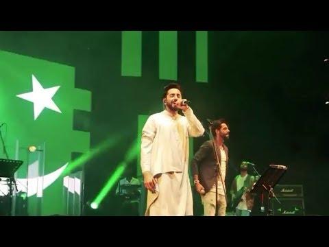 Ayushman Khurrana Singing Dil Dil Pakistan | Indian singer | Indian singers singing Pakistani song