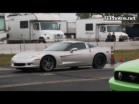 Corvette C6 vs Mustang 5.0
