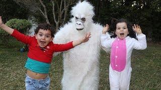 kids and Funny Monkey ,kids boys