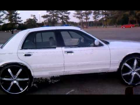 Crown Vic On 26s Lexani Youtube