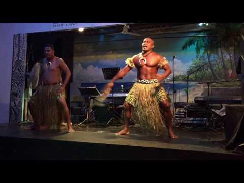 Traditional Fijian fan dance