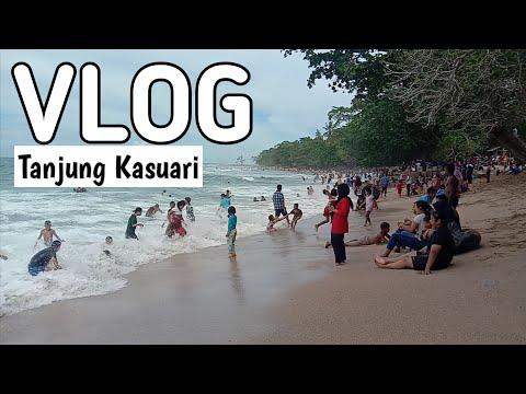 pantai-daerah-indonesia-timur-  -tanjung-kasuari-papua-barat-punya