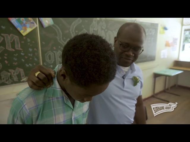 Suriname Leeft | Brokopondo en Rolmodel: opgroeien in een gesloten cultuur, hoe is dat?