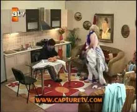 Berkut Murat'la Banu'nun Evini Bastı