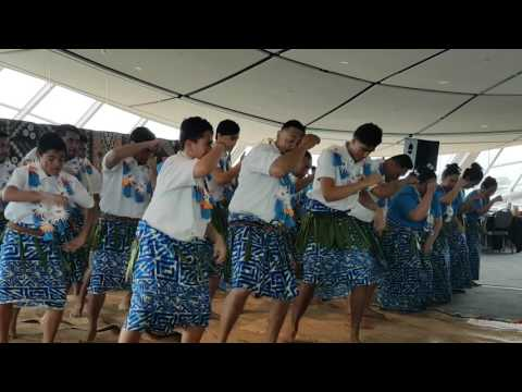 Rotuman youth  performing at Auckland Museum for Fiji Language Week event