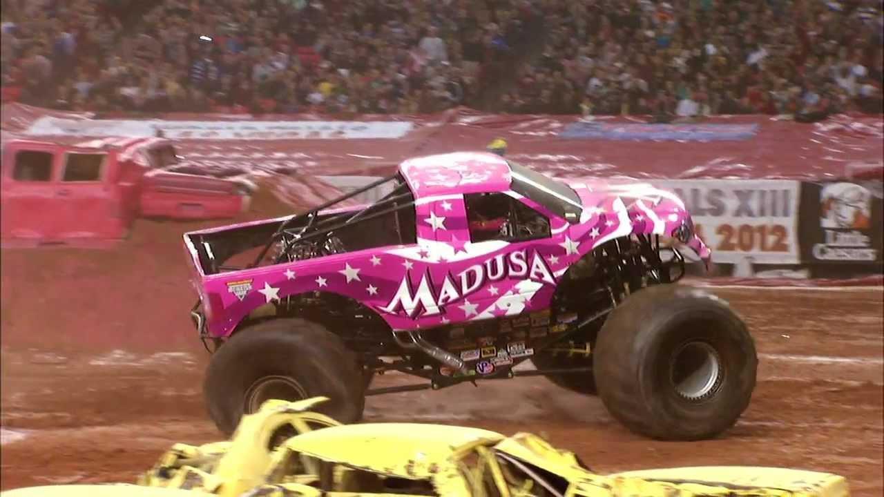 Monster Jam Madusa Monster Truck Georgia Dome Atlanta Full Run 2012 Youtube