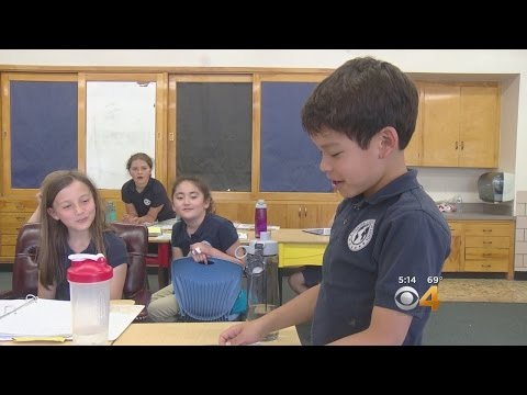 School Teaches Students In Foreign Language