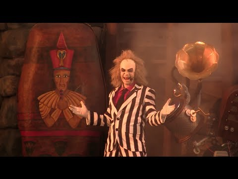 FULL New Beetlejuice Graveyard Revue 2014 update at Universa