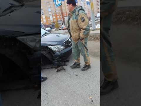 Жуткая авария в Омске  сегодня в 10.00