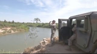 Texas National Guard Troops Take Up Observation Po