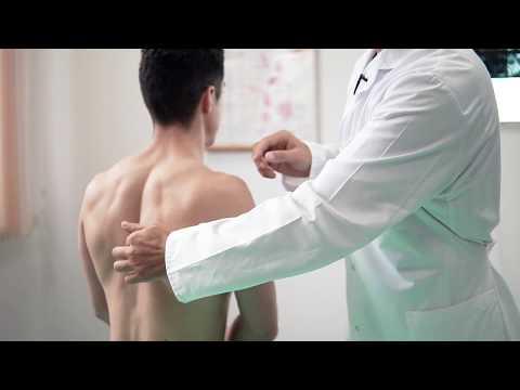 При наклоне головы вниз болит спина в районе лопаток