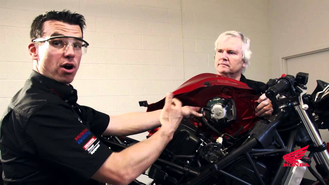 Cbr250r Race Kit Installation Removing The Fuel Tank Youtube Cbr250 Wiring Diagram
