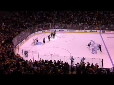 Michael Ryder scores Game 3 of 2011 Stanley Cup Final Live