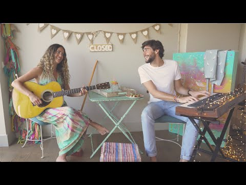 Sofía Ellar & Álvaro Soler - Barrer A Casa - #StayHome And Sing #WithMe
