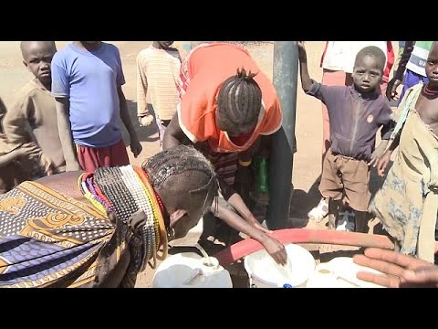 Kenya and UN work to change a refugee camp into a settlement