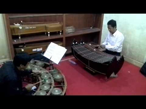 Rondo alla Turka Perform in Khmer traditional musical Instruments RUFA 2015 0
