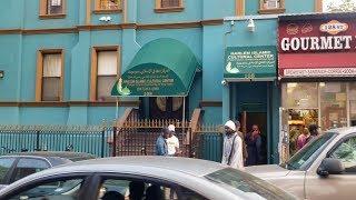 Fraternité Musulmane: Ndawi Serigne Touba et les Ndogus à la Zawiya El Hadji Malick Sy de New York
