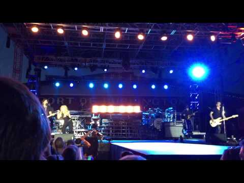 The Band Perry 2015 Burlington Steamboat Days All I Want To Be Is Done