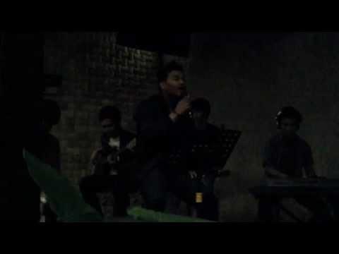 Iqbal N Soulmotion - pergi untuk kembali(Ello cover).avi