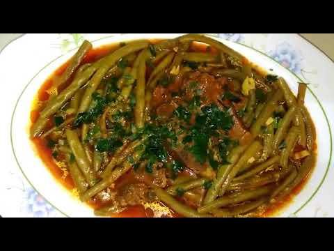 haricot-vert-viande-de-veau-et-sauce-rouge