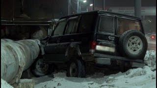 Хабаровчанка разбила свою машину о трубы теплотрассы.MestoproTV(, 2016-02-07T23:42:57.000Z)