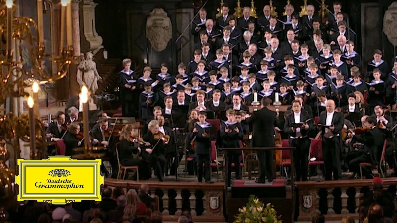 Wiener Sängerknaben, Chorus Viennensis – Mozart: Mass in C Major, K317 'Coronation Mass': II. Gloria