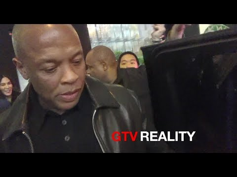 Dr Dre signing autographs on GTV Reality
