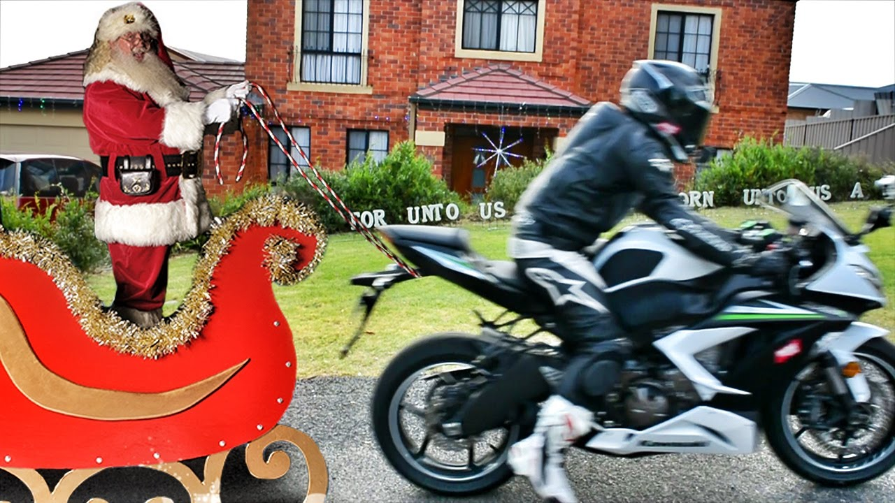 Flying motorbike pulling a sleigh (Merry Christmas) - YouTube