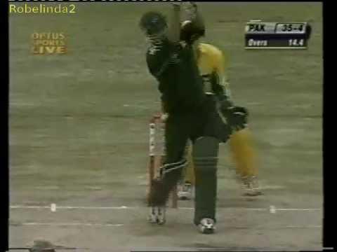 Young Misbah Ul Haq humiliates Shane Warne 2002 EPIC SIX ATTACK!