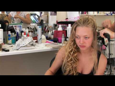 Mamma Mia !  Behind the Scenes with Amanda Seyfried