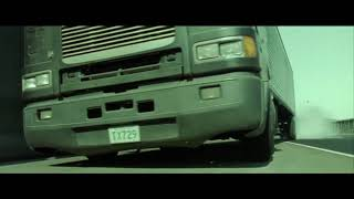 Лобовое столкновение грузовиков...отрывок из фильма (Матрица: Перезагрузка/The Matrix Reloaded)2003