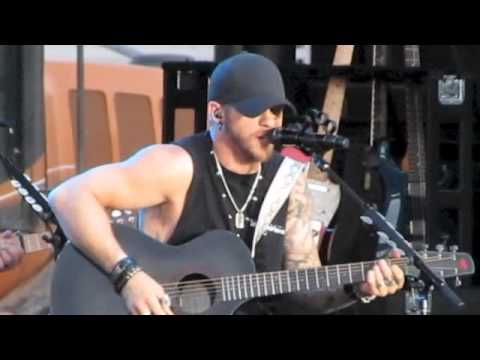 Brantley Gilbert She's My Kind of Crazy (live)