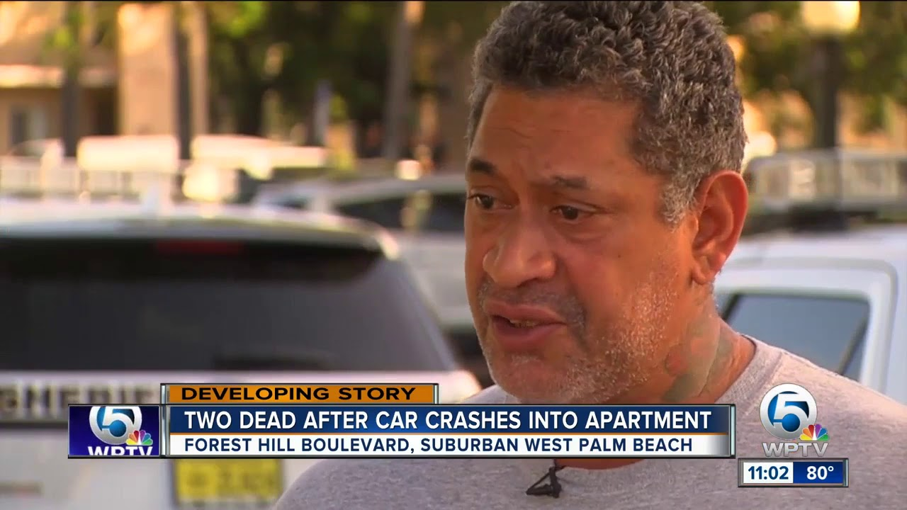 Two men found dead after car smashes into apartment complex near Greenacres