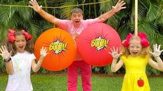 Nastya dan ayah sedang Popping balon dengan kejutan