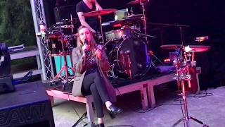 Leslie Clio - Fragile [live HD]