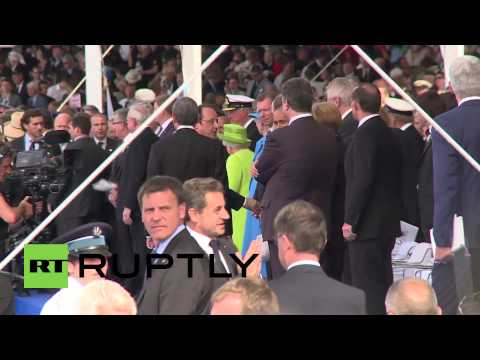 France: Watch security bar Sarkozy from meeting Merkel, Putin