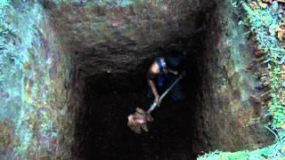 Как выпокпать яму под септик?(Септик Астра цена: http://mskseptik.ru/ • На сайте http://mskseptik.ru все об установке септика Астра, посмотреть отзывы..., 2015-10-15T09:22:27.000Z)
