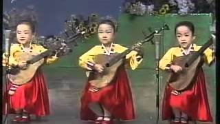 North Korea Ongaku    Kindergarten children  sings the song of Shipbuilding