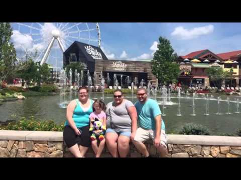 Vacation in Pigeon Forge, TN!