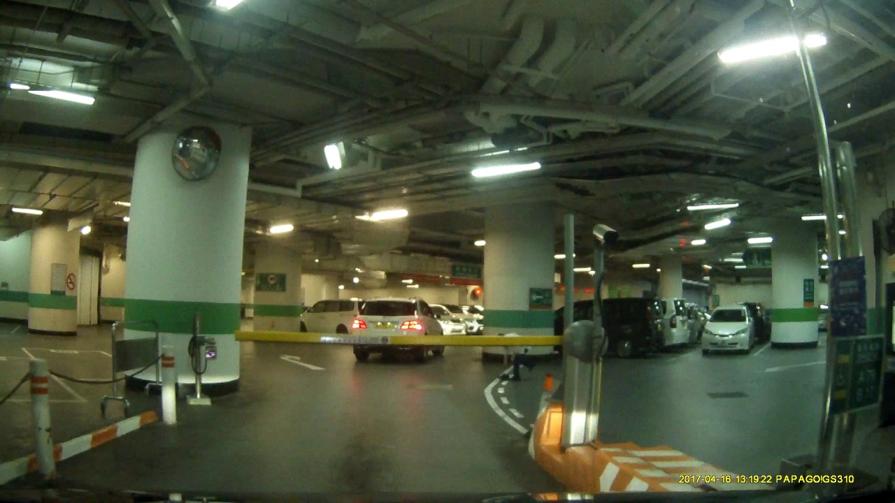 海港城港威大廈停車場 (入) Gateway Carpark in Harbour City (In) - YouTube