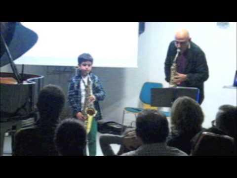 ALUMNOS DE 8 AÑOS PROFESOR Joan Chamorro  ESCOLA MUNICIPAL DE MUSICA DE SANT ANDREU