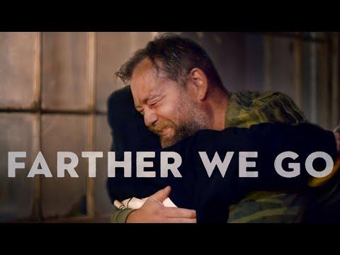 Смотреть клип Walk Off The Earth - Farther We Go