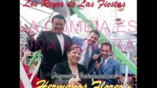 Play La Cumbia Es Una Hembra