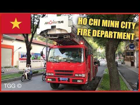 [Vietnam] Mitsubishi/Morita Ladder Ho Chi Minh City Fire Department (With Lights)