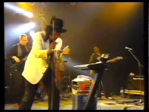 Johnny Guitar Watson Doing Wrong Woman Live In Europe 90's