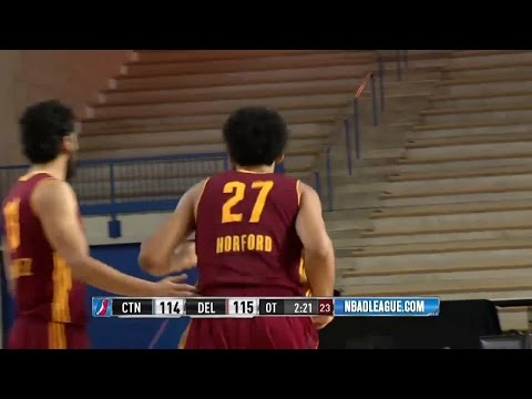Jon Horford Cuts and Throws Down Off the Quinn Cook Feed
