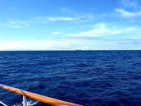 2009 08 12 a720 mvi 2335 video pacific ocean shipping vessel